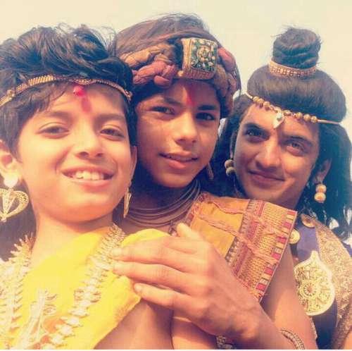 Chakravartin Ashoka Samrat cast