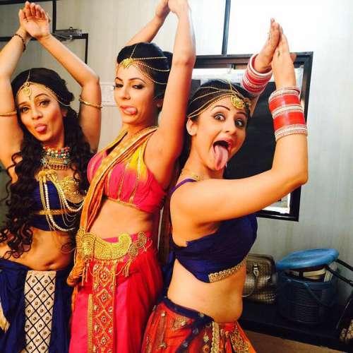 Chakravartin Ashoka Samrat Cast - Rani Subhrasi in netween Rani Noor & Maharani Charumitra