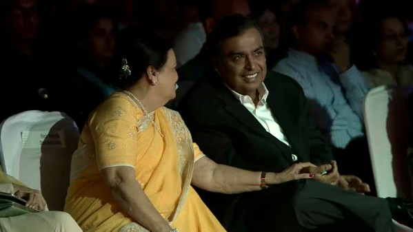 mukesh-ambani-reliance-jio-4g
