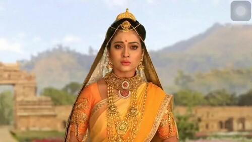 Piyali Munsi as Mandidari in Siya Ke Ram