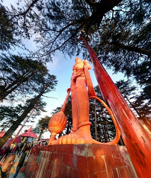 jakhoo-temple-shimla-ancient-hanuman-temple-india