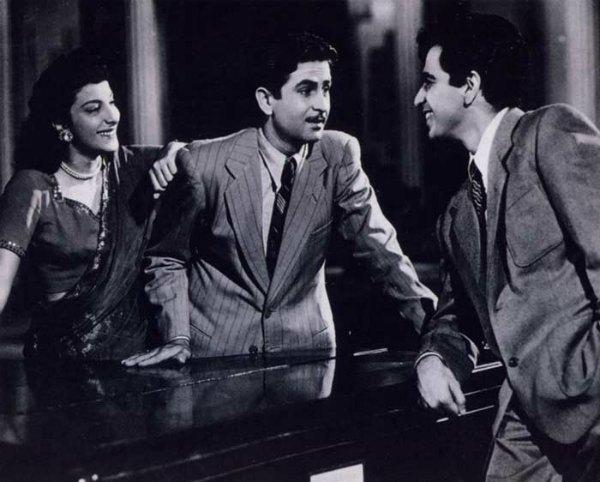 Nargis,-Raj-Kapoor-Dilip-Kumar-Andaz