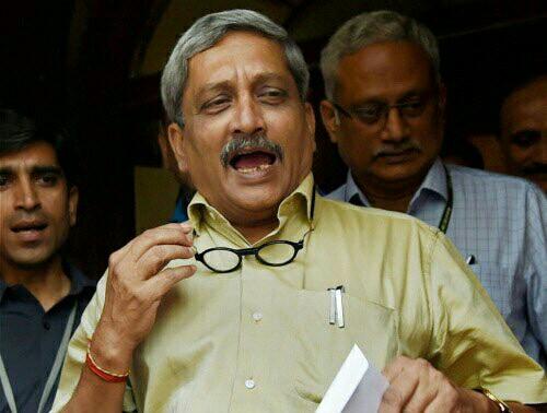 defence-minister-monhar-parrikar-exposed