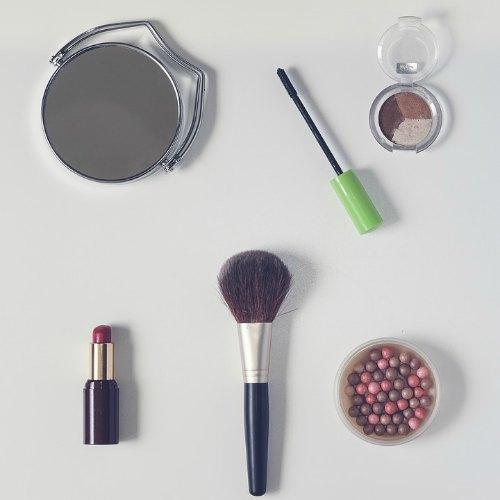 makeup-gift-ideas-raksha-bandhan