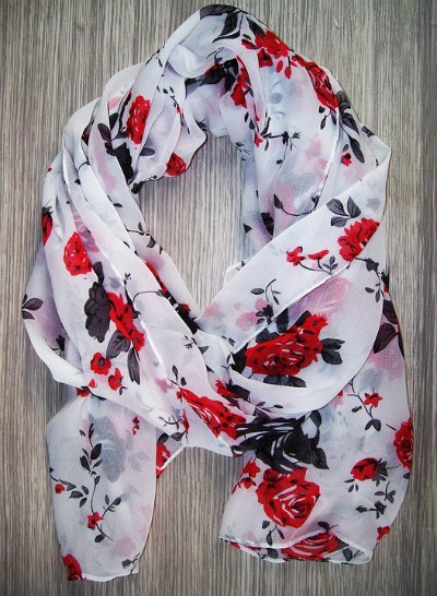scarf-wardrobe-essential