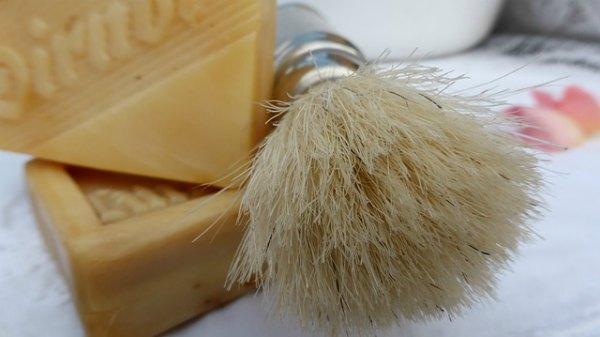 shaving-cream-substitute-at-home