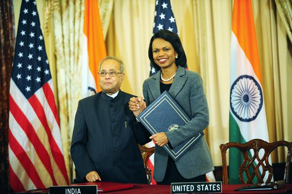 Secretary Condoleezza Rice and Indian Foreign Minister Pranab Mukherjee, sign the US-India Civilian Nuclear Cooperation Agreement. Image By US Department of State employee (US Department of State) [Public domain], via Wikimedia Commons