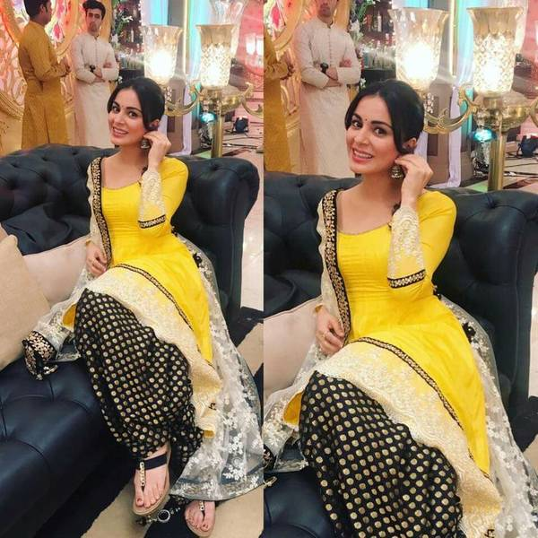 f317aacee4 Salwar kameez is the matching set of dress which should be worn together to  make a complete beautiful traditional look.