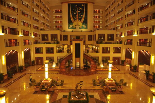 5 stars hotels in mumbai that are closest to the for Nearest 5 star hotel