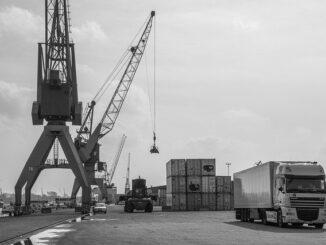 fleet outsourcing vs private fleet