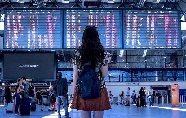 travolook-flight-booking-tips